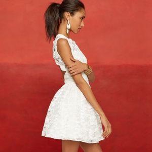 Alexis Vendela lace dress open back